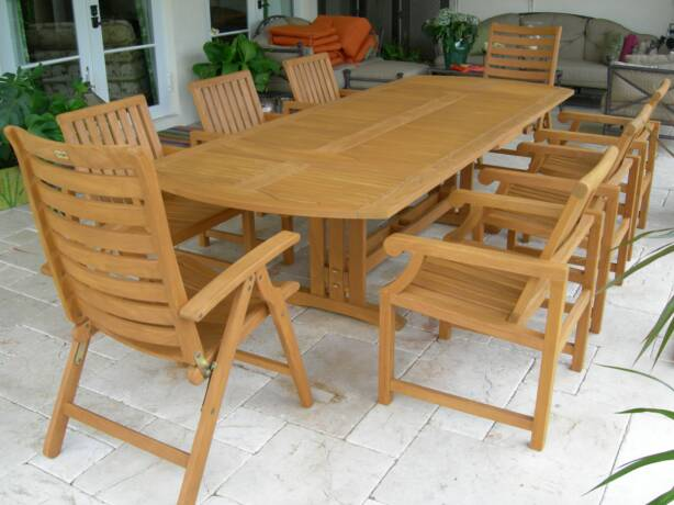 Teak Furniture Refinishing
